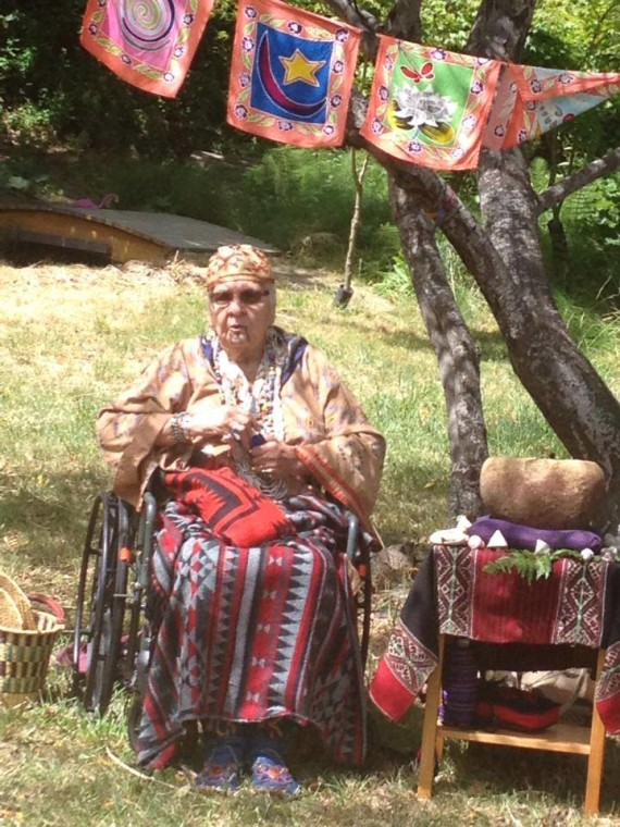 Grandma Agnes Baker Pilgrim of the 13 Indigenous Grandmothers and Suz's stone medicine bowl.